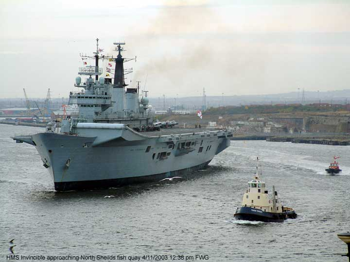 HMS Invincible left the Tyne Commission Quay North Shields 4/11/2003. 12:10 PM and sails toward the open sea